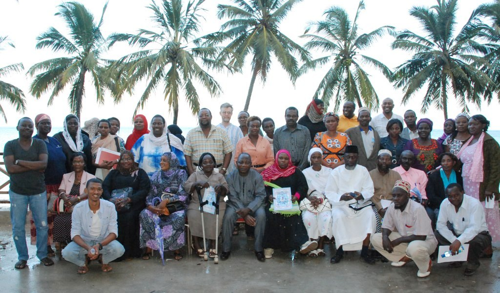 Group photo following the workshop for religious leaders and mothers. (Photo: Alan Channer)