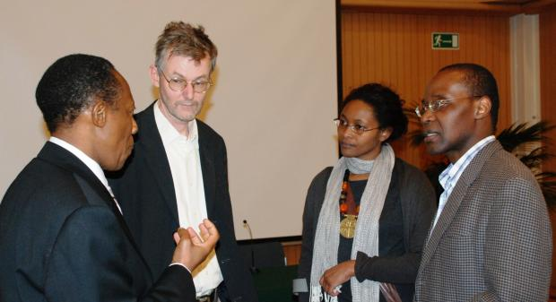 A group from Kenya talking with Alan Channer after the film